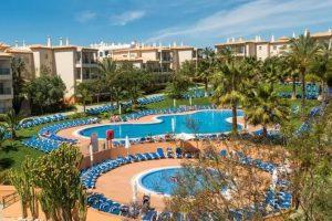 Hotel familiar con parque acuático en Portugal